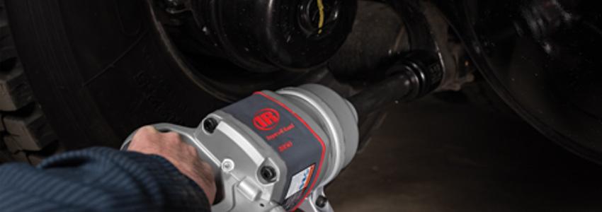 Nueva llave de impacto ligera 2850MAX